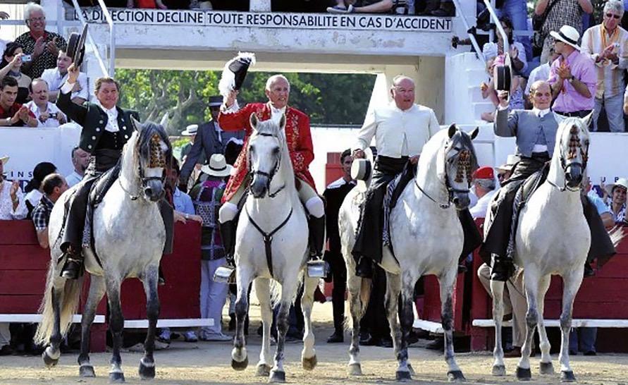 De izquierda a derecha, Ángel y Rafael Peralta, José Samuel Lupi y Álvaro Domecq Romero. Fuente: angloarabe.net.