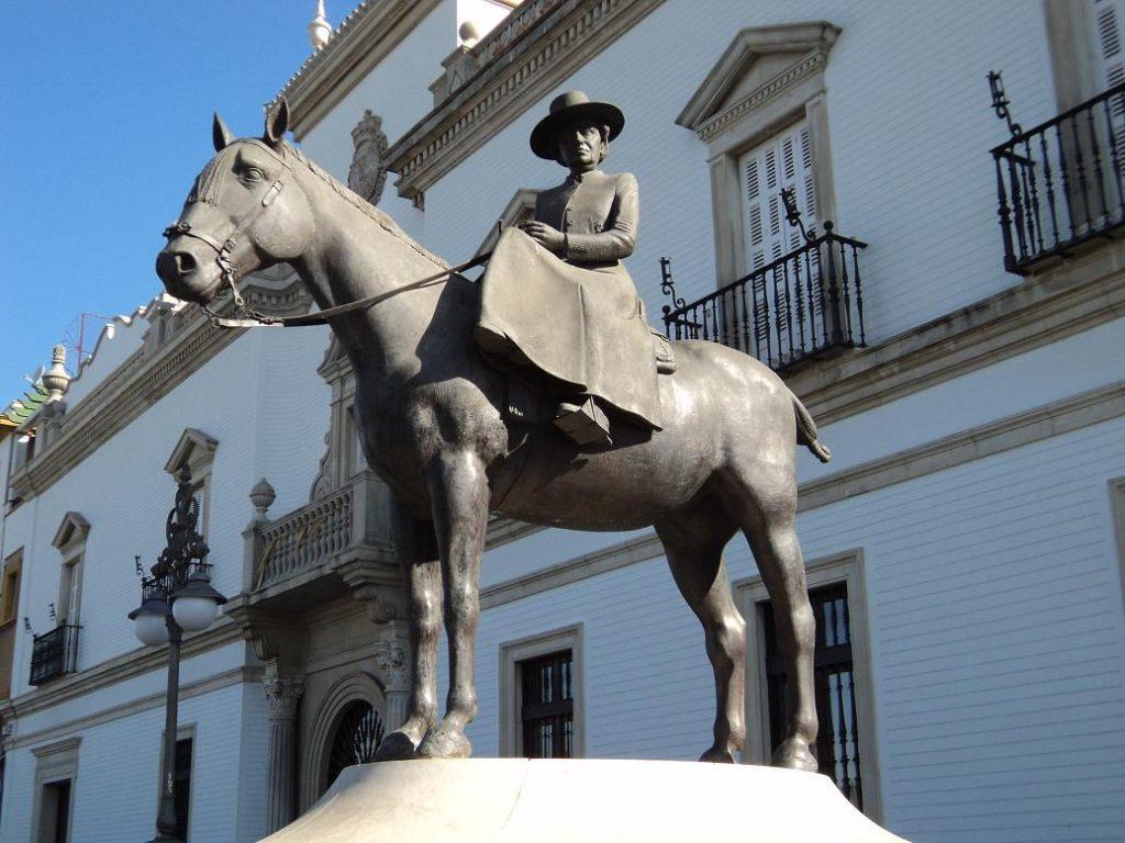 Monumento a la condesa de Barcelona en Sevilla. Fuente: Blog Cultura de Sevilla.